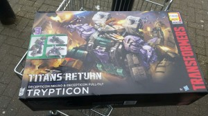 Transformers Titans Return Trypticon Sighted at UK Retail