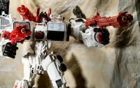 Transformers News: Creative Roundup, August 18, 2013