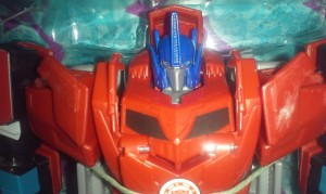 Retool Comparisons for Robots in Disguise Clash of the Transformers Exclusives