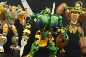 New Galleries: Transformers Legends LG-EX Rhinox, Waspinator and Rattrap