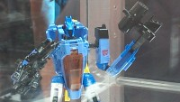 Transformers News: SDCC 2013 Coverage: Transformers Generations Voyager Whirl and Deluxe Dreadwing