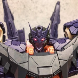 Production Prototype Images of Flame Toys IDW Transformers Tarn