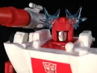 Takara Tomy Transformers Masterpiece MP-14 Red Alert Video Review
