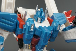 Transformers News: New Galleries: Combiner Wars Ultra Magnus with Minimus Ambus