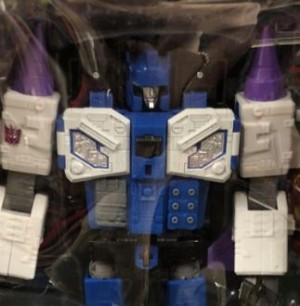 Steal of a Deal: Titans Return Overlord Going For 19$ at Ollie's Stores