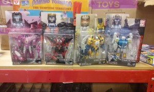 Transformers Titans Return Twin Twist, Windblade and Misfire Found at Ollie's