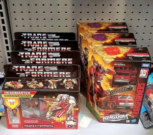 Transformers Kingdom Dinobot and Inferno found in US and Canadian Walmarts