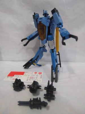 Transformers News: In-Hand Images: Transformers Generations Voyager Whirl