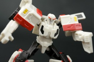 New Galleries: Robots In Disguise Legion Class Ratchet and Blizzard Strike Optimus Prime