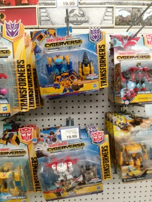 New Sightings in Canada with Transfomers Botbots Series 2 and Spark Armor Skybyte, Jetfire and More