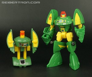 Transformers News: Top 5 best G1 Transformers Toy updates