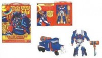Transformers News: Platinum Ultra Magnus In Box Photo (Blurry)
