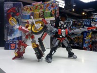 Transformers News: Toy Images of Generations Sky Shadow and Junkheap