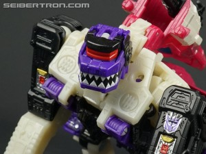 Unboxing gallery of WFC SIEGE Astrotrain, Apeface, Crosshairs, Spinister, Rung, Singe & Micromasters #NYCC2019 #NYCC