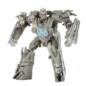 New Stock Images of Transformers Studio Series Cliffjumper, Skipjack, ROTF Soundwave and Topspin