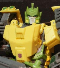 Transformers News: Video Review: Transformers Generations Voyager Class Springer