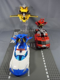 Transformers News: Extensive In-Hand Images: Takara Tomy Transformers Go! Swordbot Samurai Team