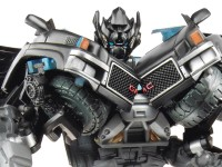Transformers News: DOTM Voyager Ironhide Reviewed