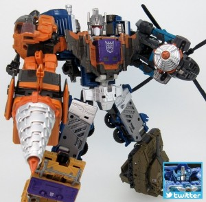 Transformers News: TakaraTomy Transformers Unite Warriors UW-07 Bruticus Having Fun Scrambling