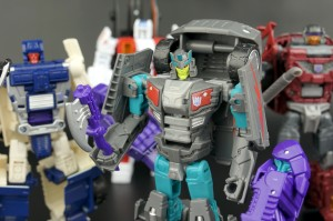 New Galleries: Combiner Wars Air Raid, Breakdown, Dead End, and Offroad