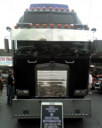 Transformers News: Decepticon 'Motormaster' shows up at Tennessee Car Show