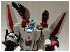 Transformers News: YaHobby.com 09-01 News