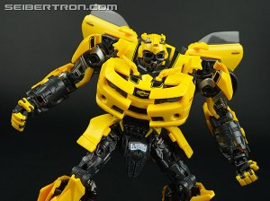 Transformers News: Transformers Movie Masterpiece MPM-3 Bumblebee Available at Toysrus.com