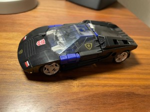 In Hand Images of Transformers Generations Selects Deep Cover