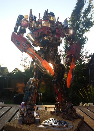 Transformers News: Creative Roundup, September 15, 2013