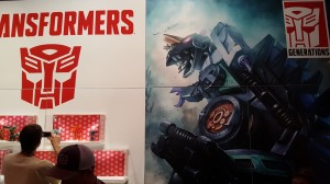 Transformers News: SDCC 2016: Hasbro Booth on Preview Night teases Trypticon versus Fortress Maximus fight scene #HasbroSDCC