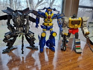 Reviews of X-Men Transformers Collaboration X-Spanse Figure from the Seibertron Community