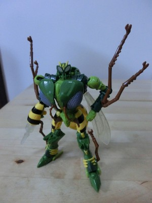 Transformers News: Transformers Generations 30th Anniversary Deluxe Waspinator and Skids In-Hand