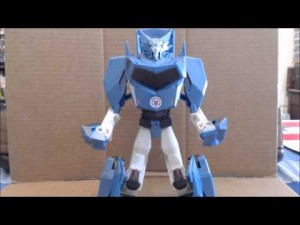 Transformers News: Video Review - Transformers Robots in Disguise Hyperchange Steeljaw