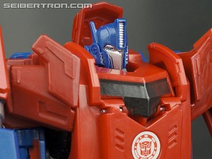Transformers News: Transformers: Robots in Disguise Mega Optimus Prime Commercial