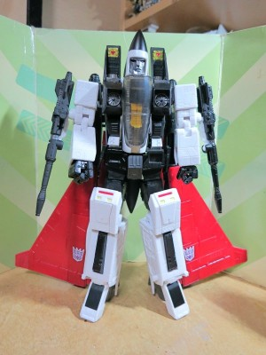 Takara Tomy Transformers Masterpiece MP-11NR Ramjet Shoulder Fix Video