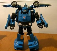 Transformers News: Mysterious Blue Classics Bumblebee Video Review Online