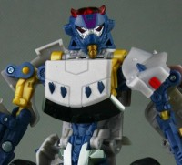 Transformers News: New Images of HFTD Axor, Electrostatic Jolt and Terradive