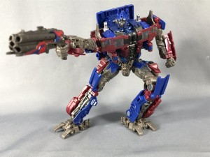 More In Hand Images of Takara Tomy Transformers Quad Barreled Shotgun