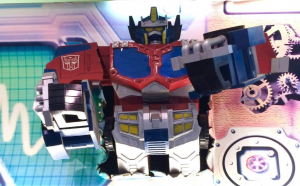 Transformers News: Fun News of Toysrus Stores Still Thriving Around the World