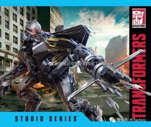 New Images of Transformers Studio Series Starscream, Brawl, Optimus Prime