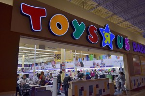 Transformers News: Toysrus Restructuring Debt with $400 Million Due by the End of this Year
