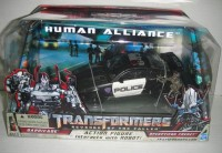 Transformers News: Buyer Beware: KO Human Alliance Barricade