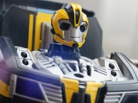 Transformers News: SDCC 2013 Coverage: Beast Hunters Talking Bumblebee and Tracker Optimus Prime