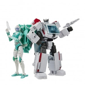 Transformers War for Cybertron Ratchet and Lifeline Revealed; Preorder Live