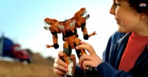Transformers News: Transformers: Age of Extinction Polish TV Toy Commercial - One Step Optimus, Flip'n'Change Grimlock