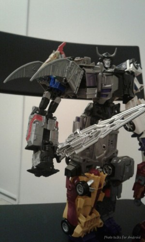 More In Hand Images of Transformers Power of the Primes Swoop and Slug Showing Combined Modes and Titan Master Ports
