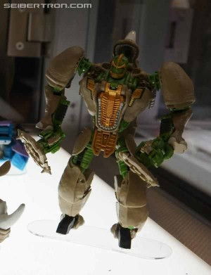 Transformers News: Video Review: Transformers Generations 30th Anniversary Voyager Rhinox