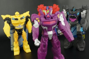 New Galleries: Beast Hunters Titan Guardians Shockwave, Megatron, Bumblebee and Optimus Prime