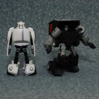 Upcoming iGear Repaints: Black Rager and Herbie the Love Bee