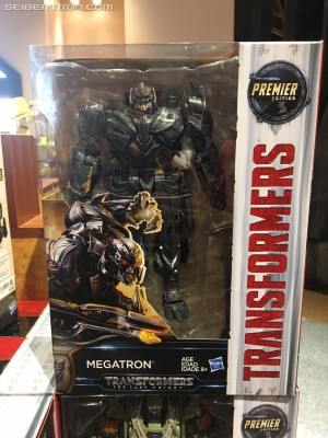 Transformers News: Transformers: The Last Knight Voyager Figures Spotted at Universal Studios Hollywood